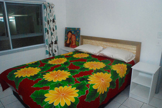 two bedrooms have queen size beds