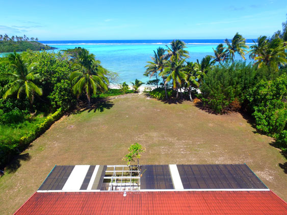 A massive lawn and ocean views at Moananui, Muri Rarotonga, Cook Islands