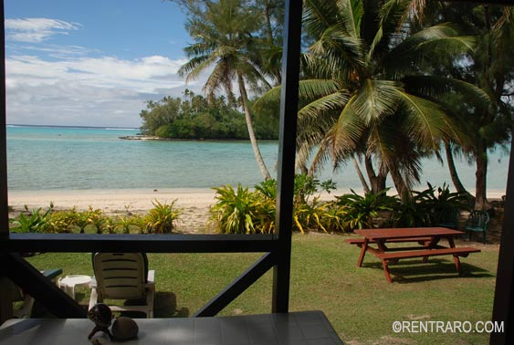 unobstructed views from the verandah of islets and Muri Lagoon