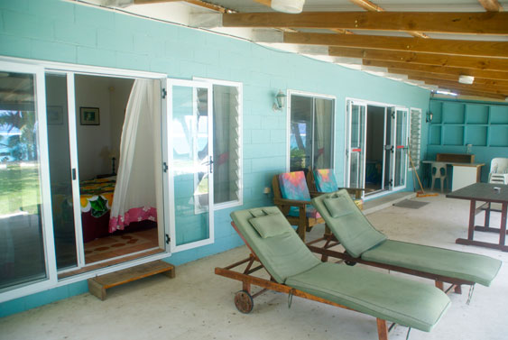Large veranda at Aroa beach on your backdoor step, Rarotonga, Cook Islands